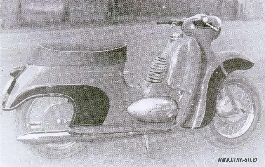 Prototyp Jawy 250 skútru z roku 1959
