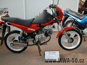 Jawa 100 typ 587 Robby na výstavě Motocykl 99