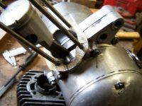 Výroba papírového těsnění pod válec motoru Jawa 20