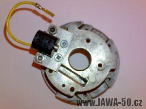 Stator s uchceným indukčním snímačem