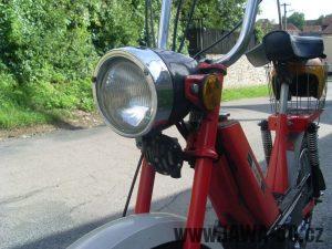 Vývozní moped Jawa 50 typ 207-356 Babetta - přední světlomet