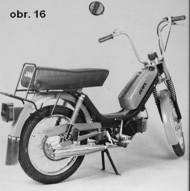 Prototyp dvoumístného mopedu Babetta M-210 se zvýšeným výkonem