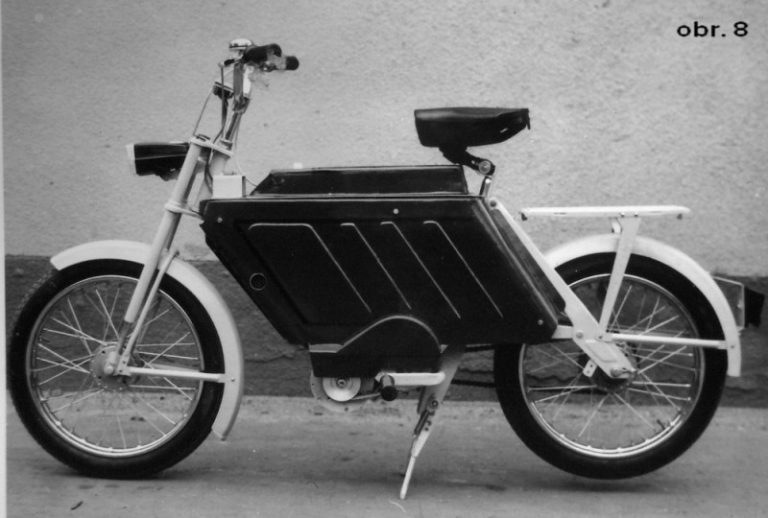 Prototyp mopedu Elstar s elektrickým pohonem a podvozkem Babetta M-207