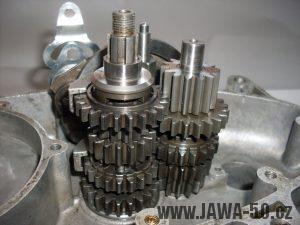 Pětikvalt Jawa 50 - stromečky převodových koleček
