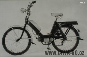 Považské strojírny - prototyp mopedu s třecím válečkem z roku 1963