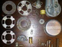 Jawa 550 Pionýr (pařez) - novější provedení karburátoru Jikov 2912P - rozebraný