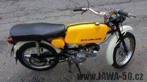 Jawa 50 typ 223.100 Mustang z roku 1981 v nedotčeném stavu