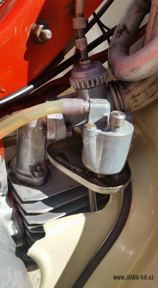 Motocykl Jawa 20 Pionýr z roku 1968 s atypickým výrobním číslem v původním stavu - karburátor Jikov 2917 PSb