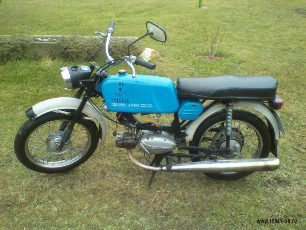 Motocykl Jawa 50 typ 223.200 Mustang z roku 1980