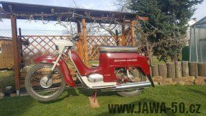 Motocykl Jawa 50 typ 220 Pionýr z roku 1979