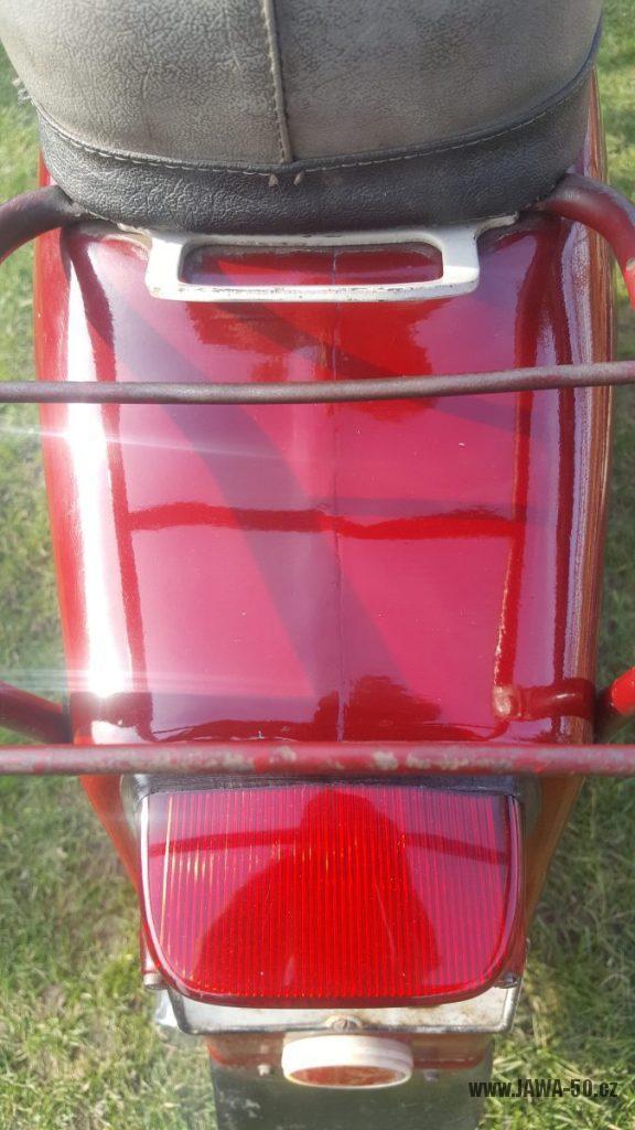 Motocykl Jawa 50 typ 220 Pionýr z roku 1979 - nosič zavazadel