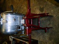 Motocykl Jawa 50 typ 05 Pionýr z roku 1963 v původním stavu - systém pružiny sklápění stojanu