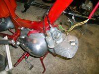 Motocykl Jawa 50 typ 05 Pionýr z roku 1963 v původním stavu - karburátor Jikov 2915