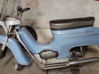 Motocykl Jawa 50 typ 20 Pionýr z roku 1969 holubí modř v původním stavu