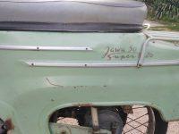 Vývozní (exportní) motocykl Jawa 50 typ Super M20 Pionýr pro Maďarsko z roku 1968 - zadní blatník s nápisem