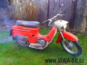 Motocykl Jawa 20 Pionýr z roku 1973 v originálním stavu