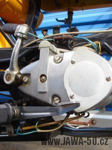 Druhé provedení vývozního motocyklu Jawa 23 Golden Sport z roku 1972 - motor