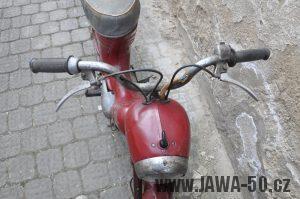 Motocykl Jawa 550 Pionýr (pařez) z roku 1955 v původním originálním stavu - maska předního světlometu