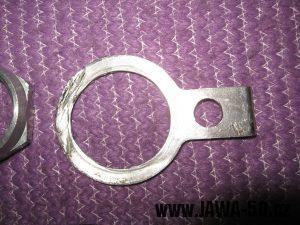 Jawa 23 Golden Sport 3. generace - zajišťovací podložka matice krku řízení s dírou pro aretaci