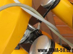 Jawa 50 typ 23 Golden Sport - 3. generace - retace řídítek proti protočení
