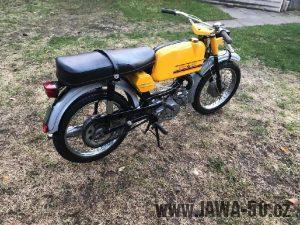 Exportní motocykl Jawa 50 typ 23B Golden Sport se sníženým výkonem pro Západní Německo (1974)