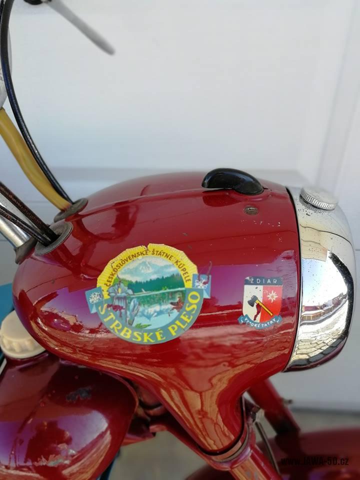Motocykl Jawa 550 Pionýr (pařez) z roku 1956 v původním originálním stavu - maska předního světlometu
