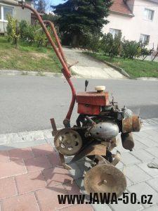 Lidová tvořivost - plečka s motorem Jawa 50 pionýr