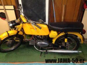 Motocykl Jawa 50 typ 23 Golden Sport (Mustang), exportní provedení pro USA - 1. generace z roku 1971